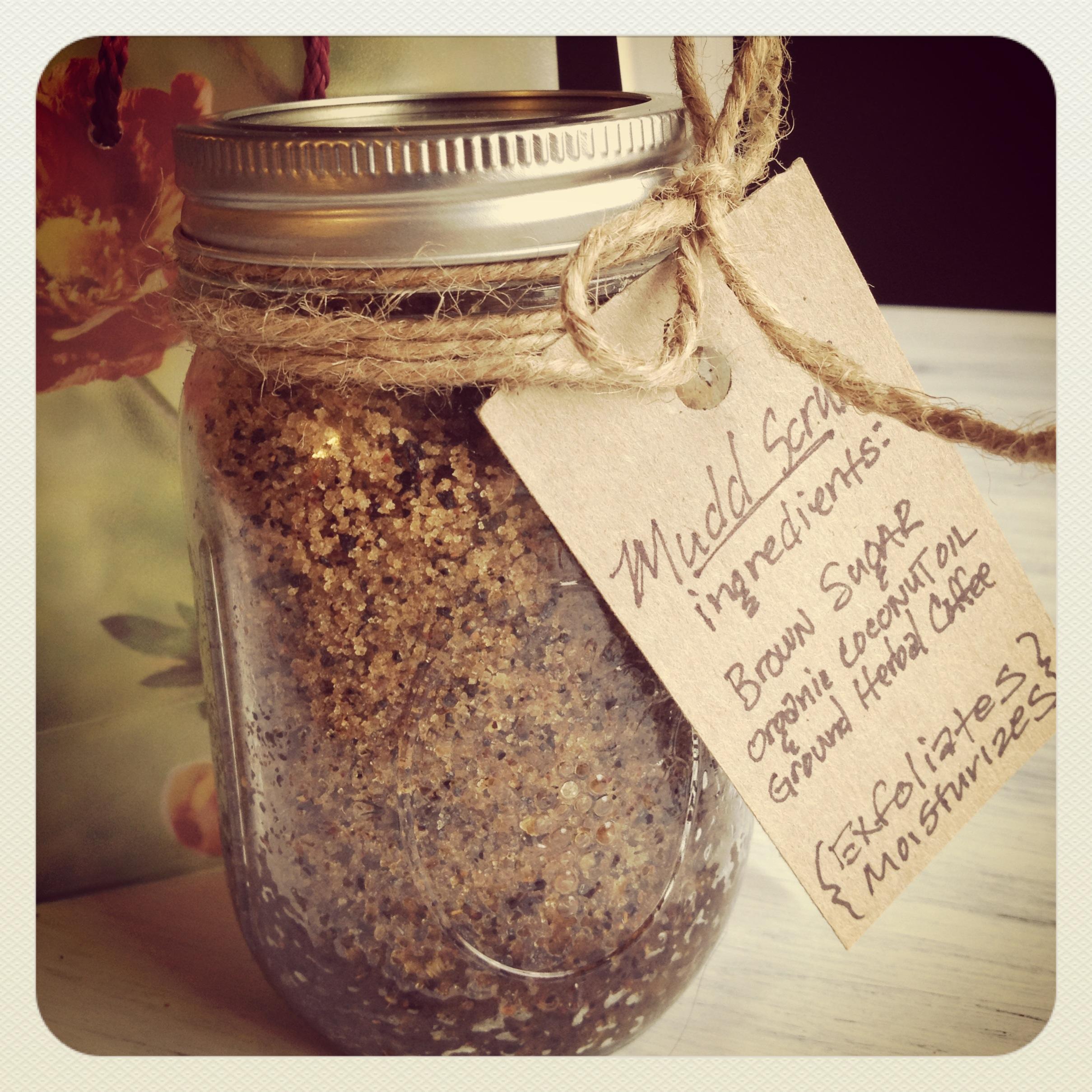 Body Scrub Recipe + Organic Coconut Oil Giveaway | A Writer's Inkhorn